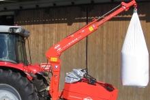 Levsak kompakt storsækkekran til montering imellem traktor og spreder