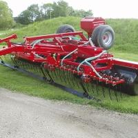 Grass-roller med udstyr.