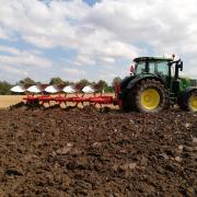 KUHN Vari Master L er designet til de store mellemklasse traktorer