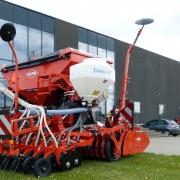KUHN rotorsåsæt med flydende gødning og frøsåmaskine
